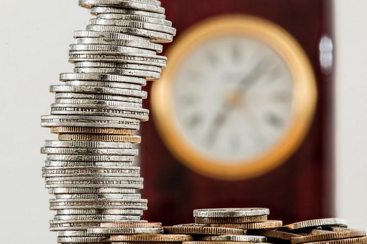 Dlaczego tak chętnie inwestujemy w lokaty bankowe?